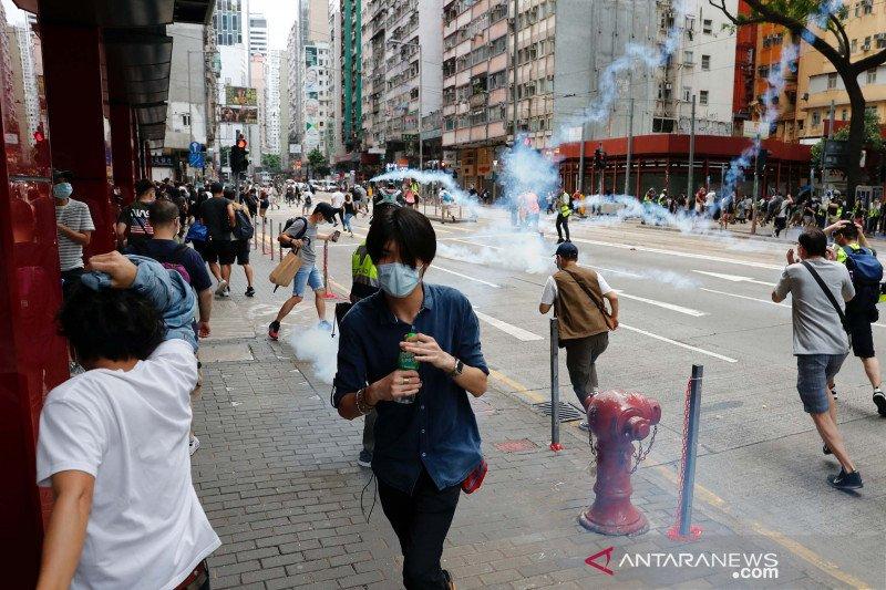Meski di tengah wabah COVID-19, demo di Hong Kong terus berlanjut