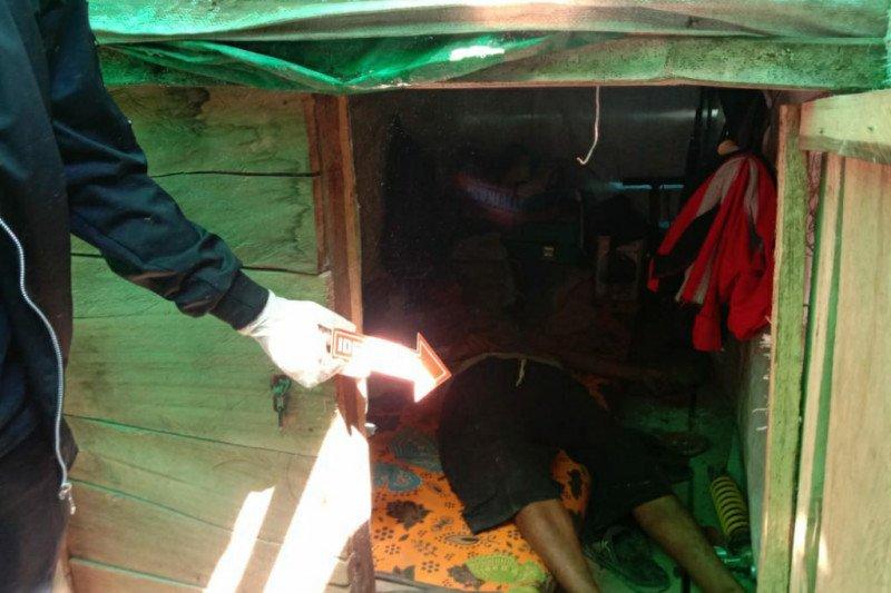Nekat minum sianida karena bertengkar dengan istri, pria di Sumbawa Barat ditemukan tewas di areal pertambangan