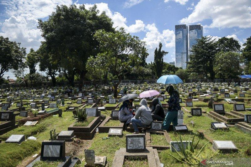 DKI Jakarta larang ziarah kubur hingga 5 Juli