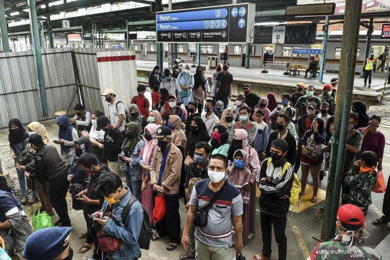 Penerapan normal baru di KA, penumpang dilarang bicara dan telepon