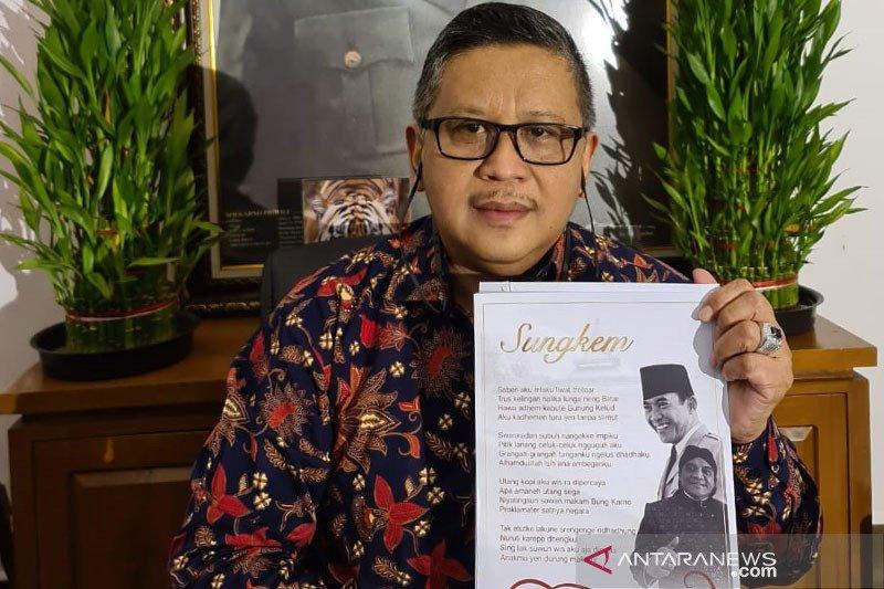 Hasto: Megawati bangga dapat lagu