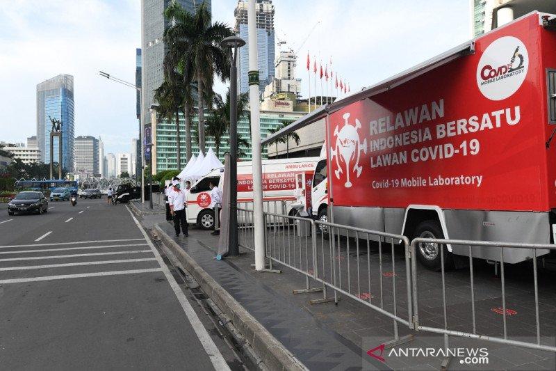 """Relawan Indonesia Bersatu gelar """"rapid test"""" gratis di Bundaran HI"""