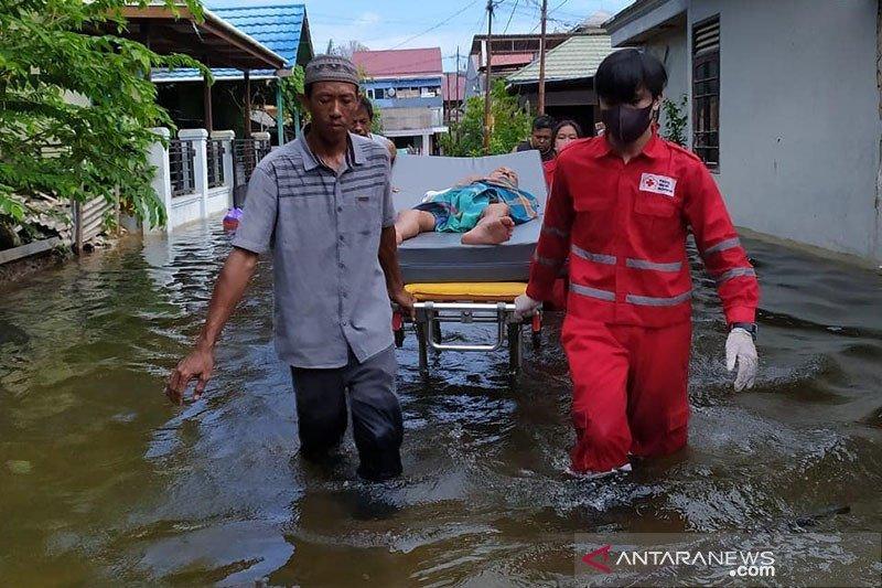 PMI kerahkan personel dan peralatan untuk tanggulangi banjir Samarinda