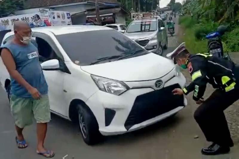 Polresta Banyumas lakukan filterisasi kendaraan menuju pantura