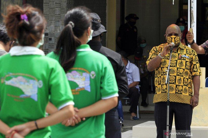Pelepasan relawan kesehatan COVID-19 di Papua