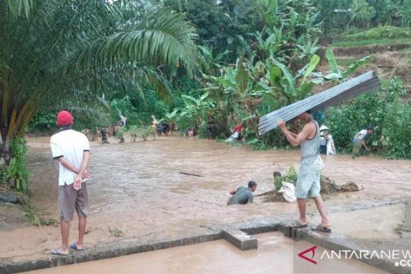 Kerugian akibat banjir bandang mencapai Rp3,8 miliar