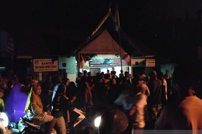 Bidan desa sukarela Dharmasraya ngaku diancam jika tak kembalikan BLT