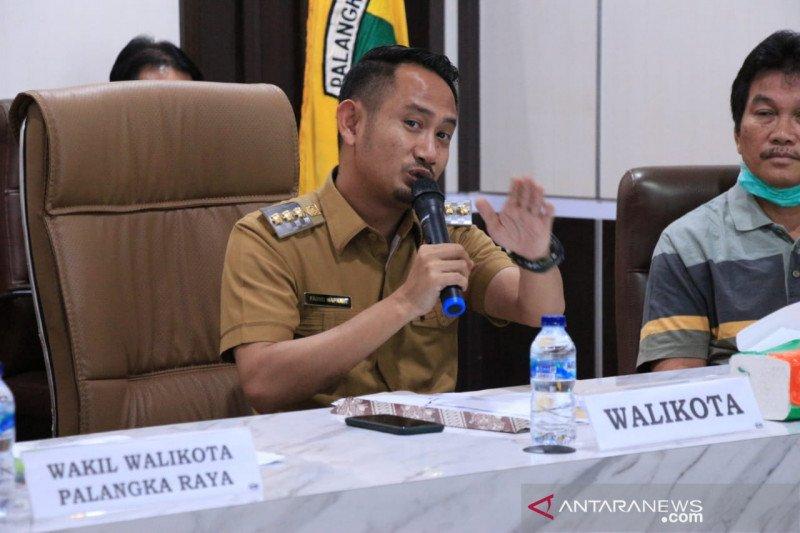 Wali Kota Palangka Raya minta warga tetap beribadah di rumah