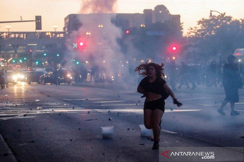 Polisi tangkap reporter CNN yang meliput kerusuhan di Minneapolis