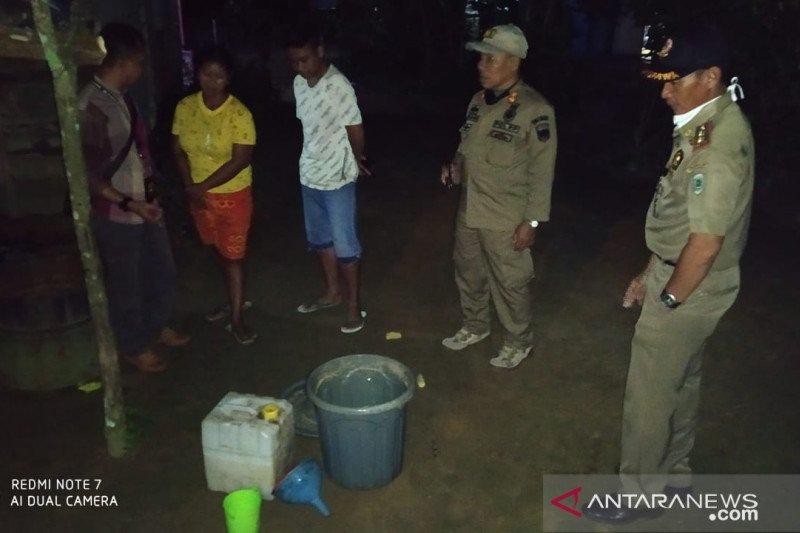 Satpol PP Belitung amankan puluhan liter minuman keras