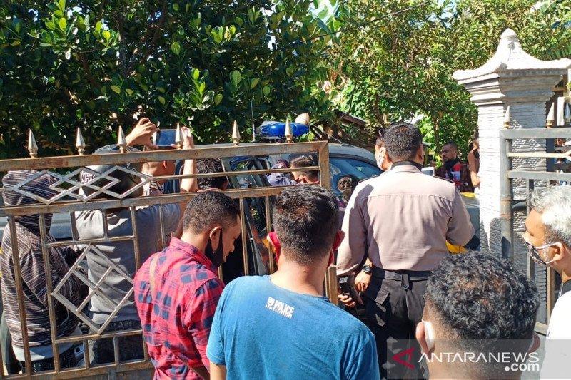 Polisi tangkap suami istri penyebar ideologi khilafah di Kupang