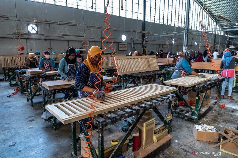 Peluang pasar tumbuh, Menperin: Jaga ketersediaan bahan baku furnitur