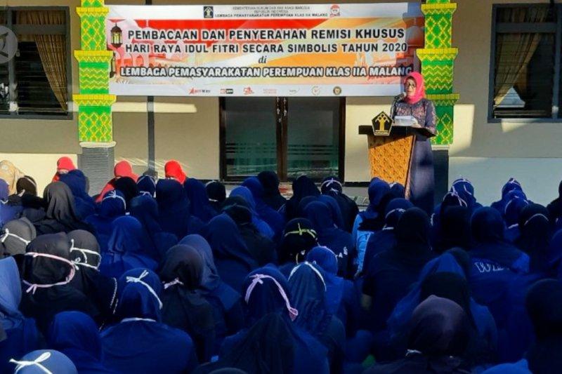 Remisi khusus bagi 397 warga binaan lapas perempuan Malang