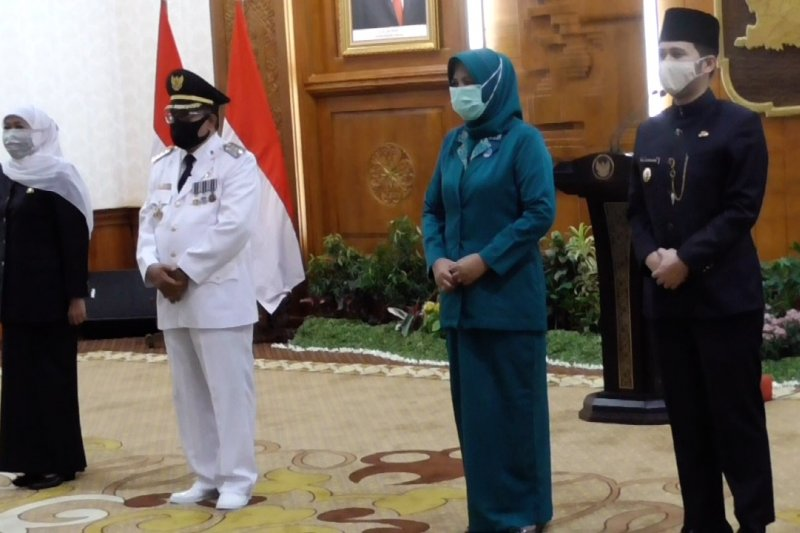 Gubernur Jatim Khofifah lantik Wali Kota Blitar