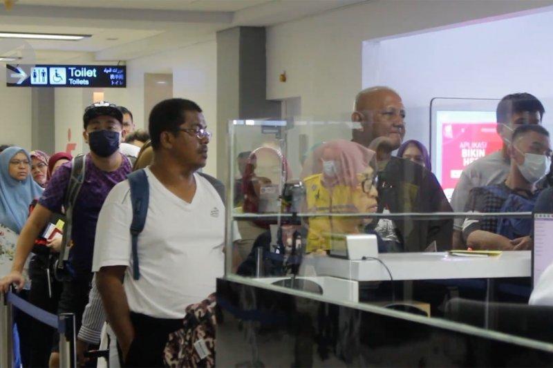 Kunjungan wisatawan asing ke Sumbar turun tajam