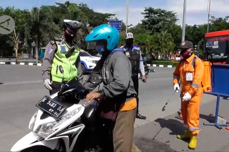 Pemkot Semarang gandeng Brimob disiplinkan ODP