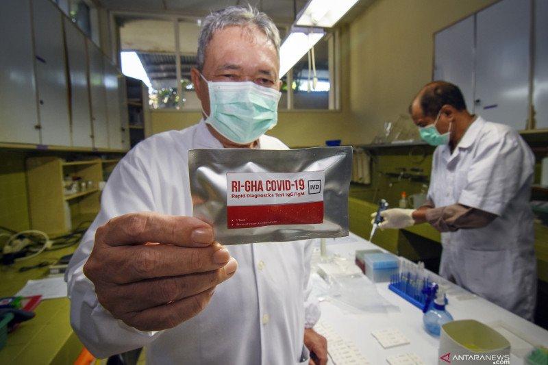 Alat rapid test COVID-19 buatan dalam negeri