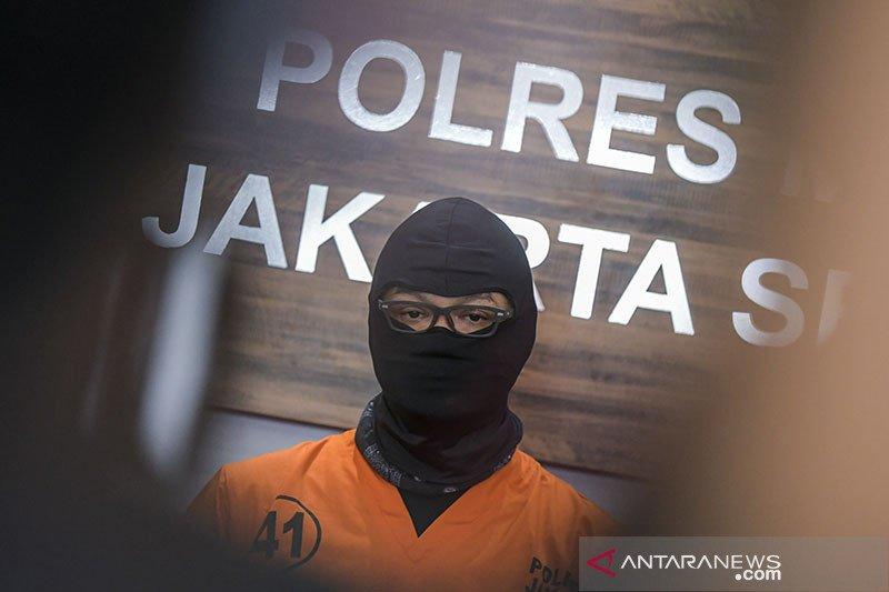Kemarin, Dwi Sasono ditangkap sampai mal bersiap buka