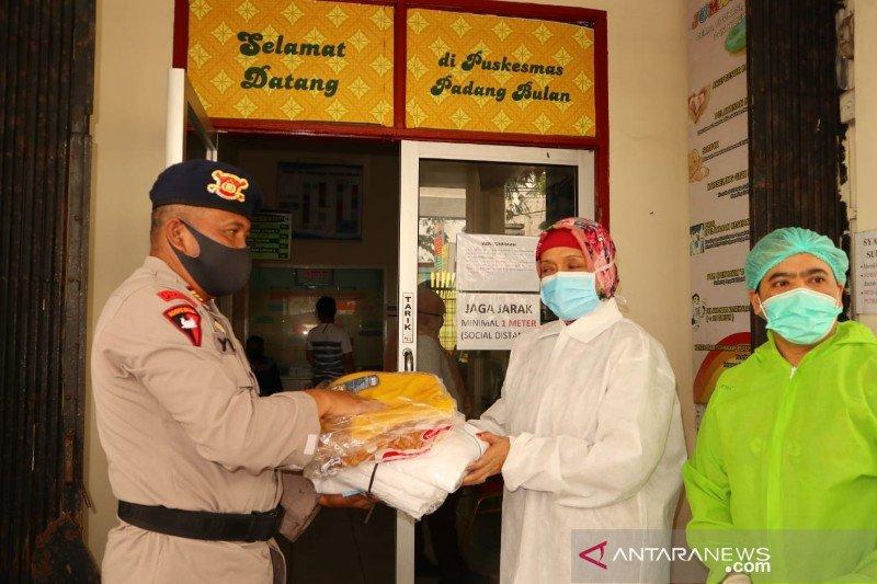 Polisi salurkan bantuan APD untuk petugas medis di Medan