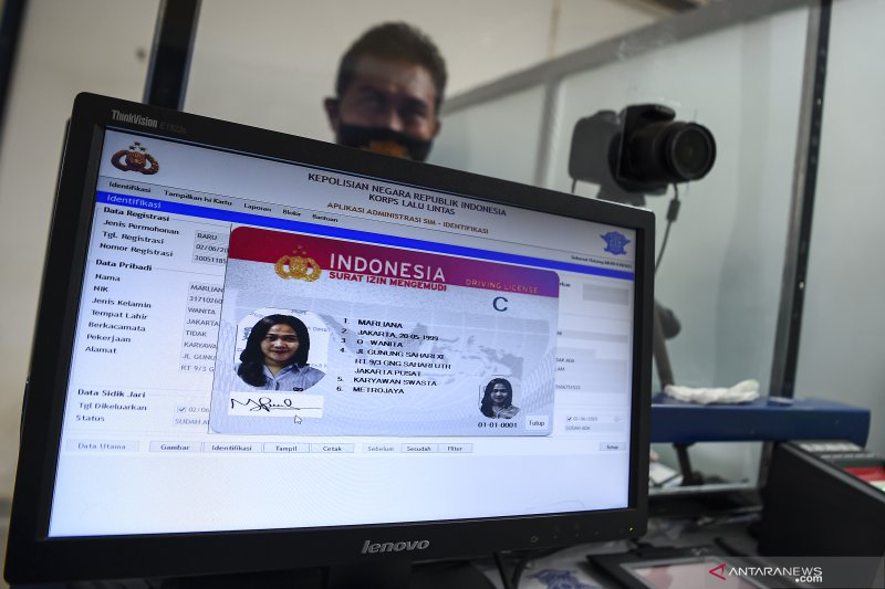 Polda Metro fasilitasi lima lokasi SIM Keliling, Jumat