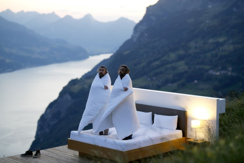Kamar Hotel Dengan Udara Segar di Alam Terbuka Swiss Tanpa Dinding