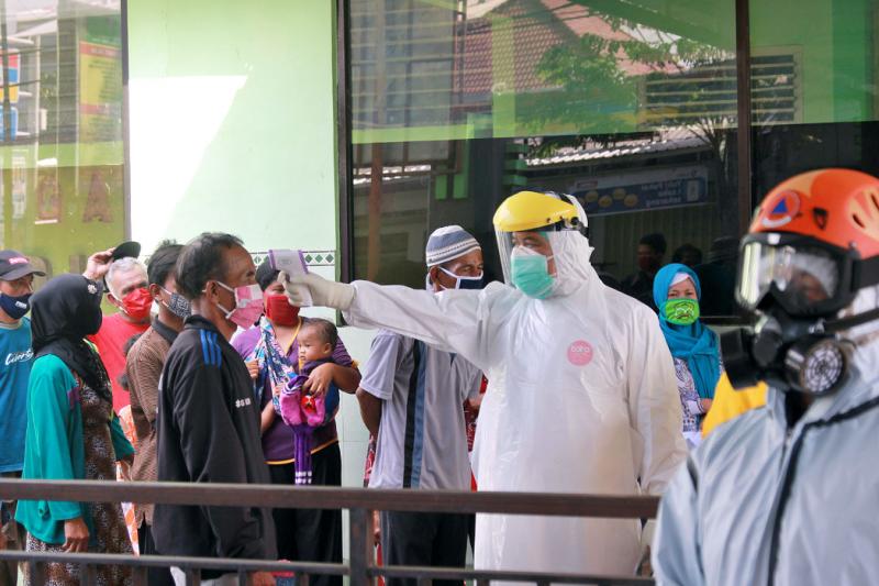1.533 warga jalani rapid test di RS Kilisuci Kota Kediri