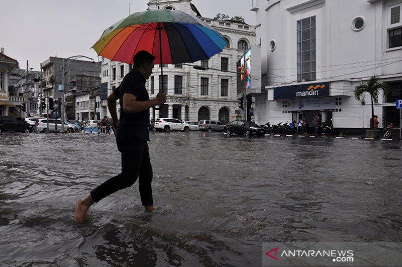 BMKG: Waspadai hujan disertai badai petir di Sumut