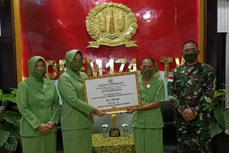 Nur Isny Willa, istri prajurit TNI jadi kepala kampung di perbatasan