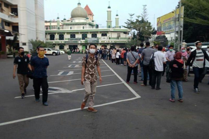 Hari Bhayangkara, Polda Metro layani SIM petugas pemakaman COVID-19