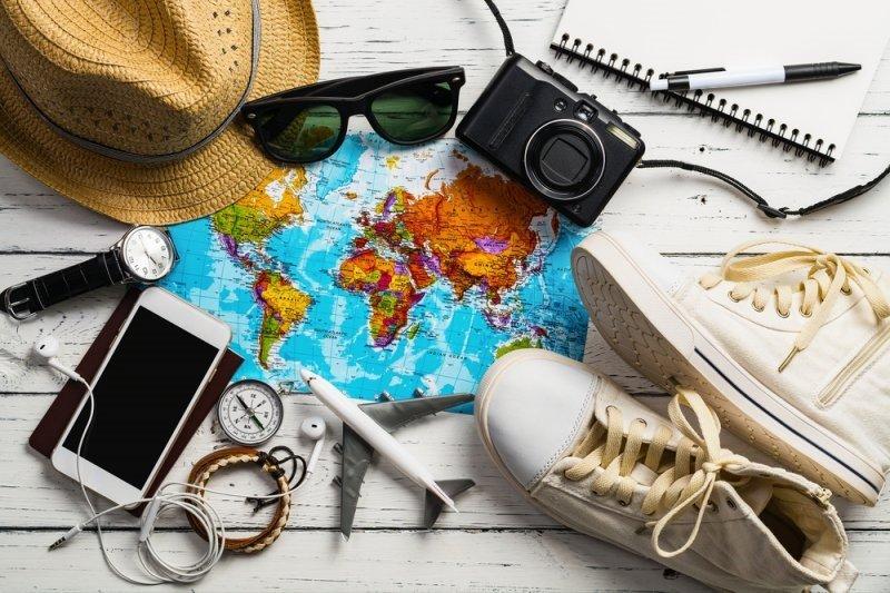 Prediksi tujuan wisata domestik yang diminati pada akhir tahun