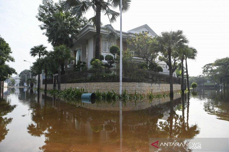 Banjir rob rendam permukiman di pantai Mutiara Jakarta