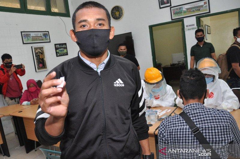 Pemain, pelatih dan manajemen PSMS Medan jalani