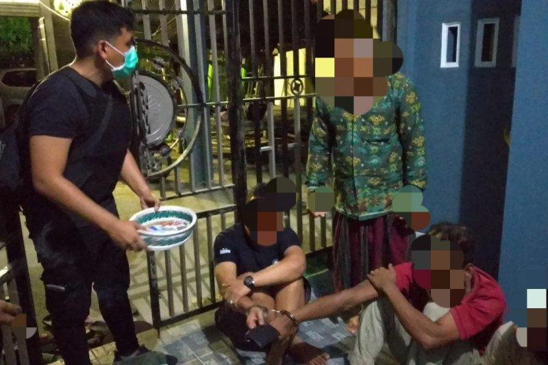 Polres Lombok Tengah tangkap empat pengedar narkoba
