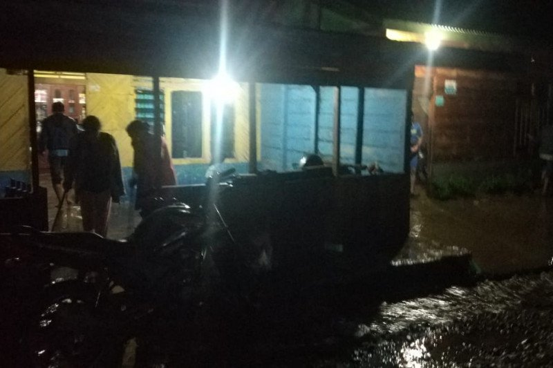 Banjir bandang terjang daerah dataran tinggi Gayo Lues Aceh