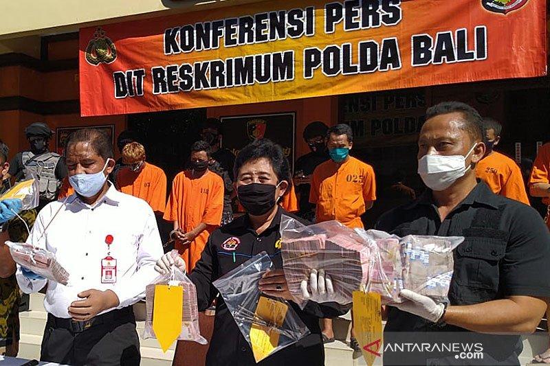 Empat pembobol ATM di Bali diancam tujuh tahun penjara