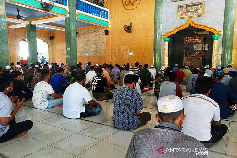 Sejumlah masjid di Manokwari mulai gelar solat Jumat