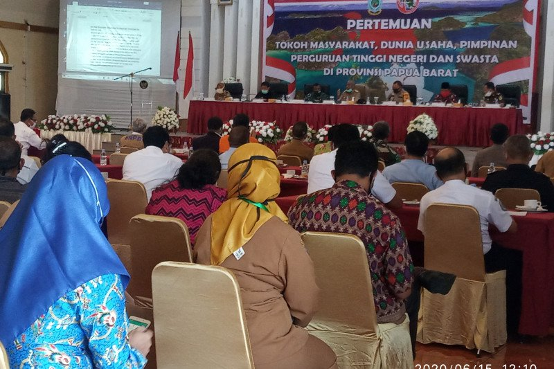 Gubernur Papua Barat harap secara bertahap penerbangan kembali normal