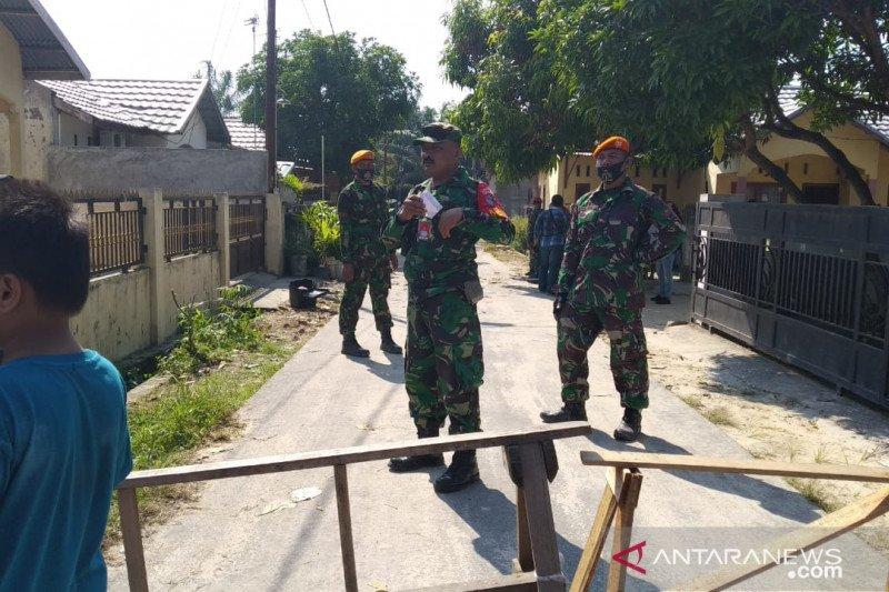 Pegawai PLN rumahnya hancur tertimpa pesawat TNI bersyukur selamat