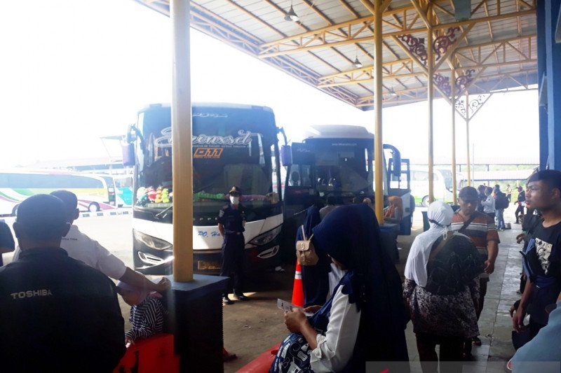 Depok belum izinkan transportasi AKDP dan AKAP