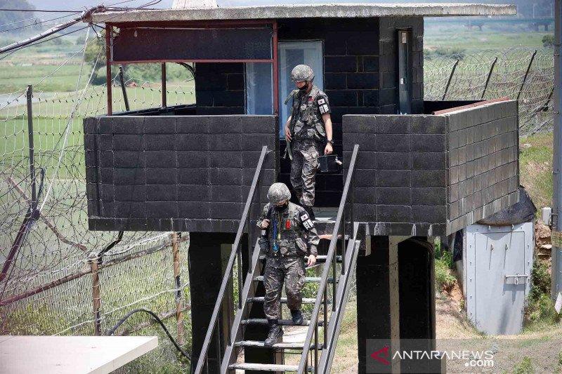 Satu warga Korea Utara lintasi perbatasan yang dijaga ketat