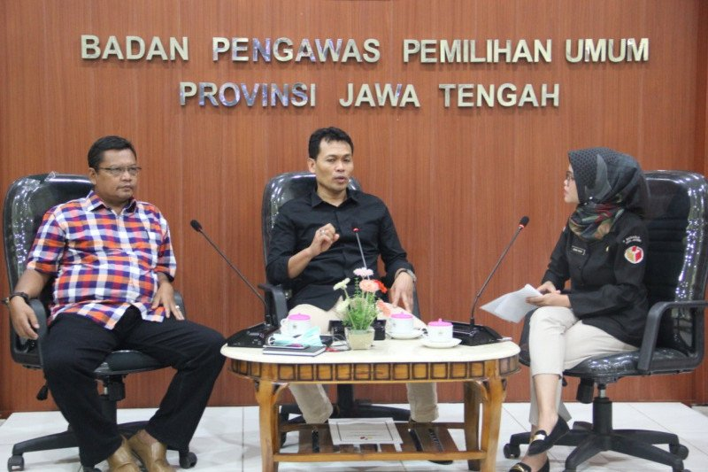 6.245 pengawas ad hoc Jateng diaktifkan kembali awasi Pilkada 2020