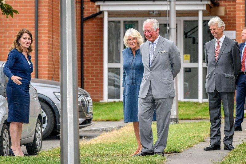 Keluarga kerajaan Inggris tampil di depan publik lagi sejak pandemi