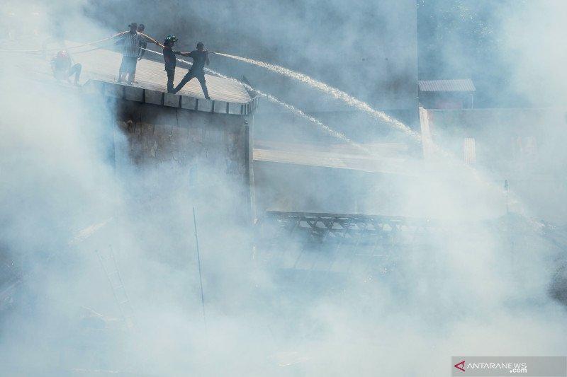 Enam rumah di Penjaringan dilalap api, 12 Damkar diturunkan