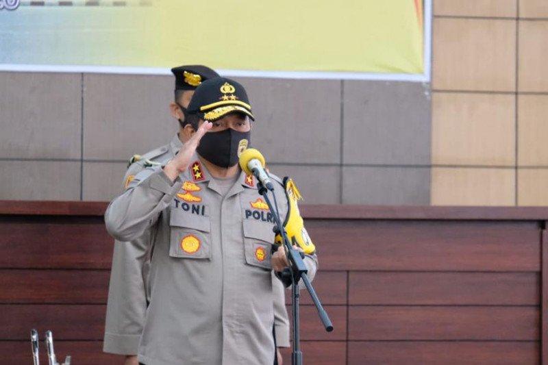 Kepala Polda Sumatera Barat tindak tegas anggota berpolitik praktis