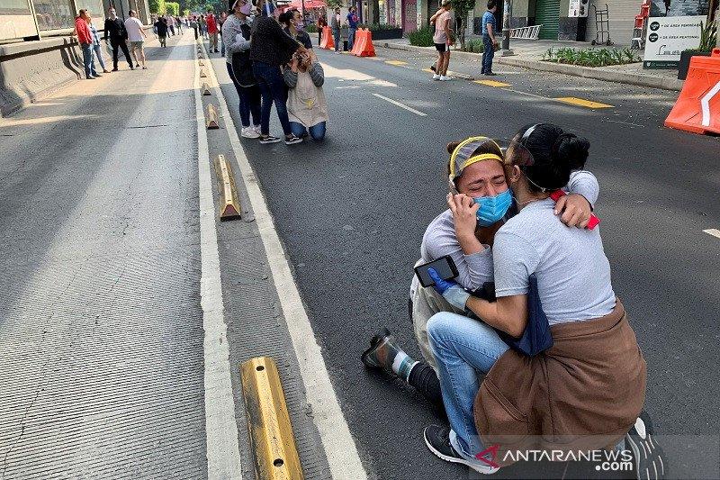 Gempa magnitudo 7,4 guncang selatan Meksiko, timbulkan tsunami lokal