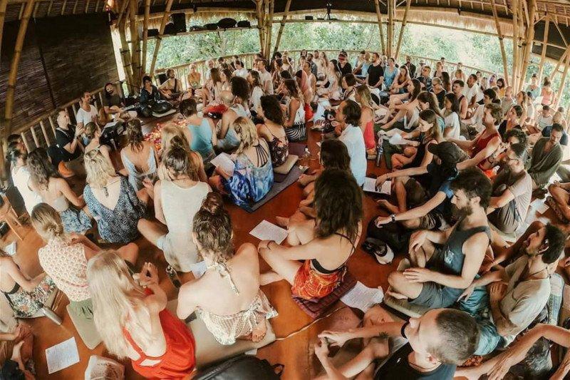 Imigrasi akan deportasi WNA penanggung jawab yoga massal di Bali