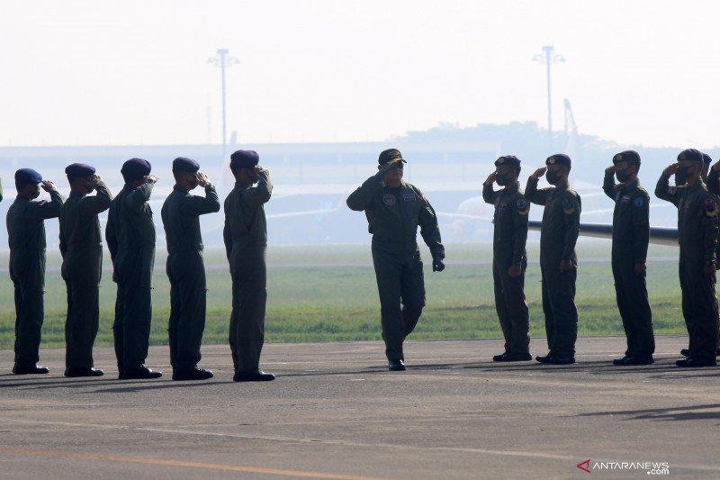 KSAL terima brevet penerbang TNI AL