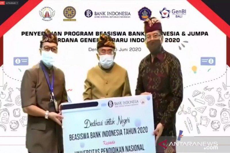 BI serahkan beasiswa kepada 175 mahasiswa di Bali