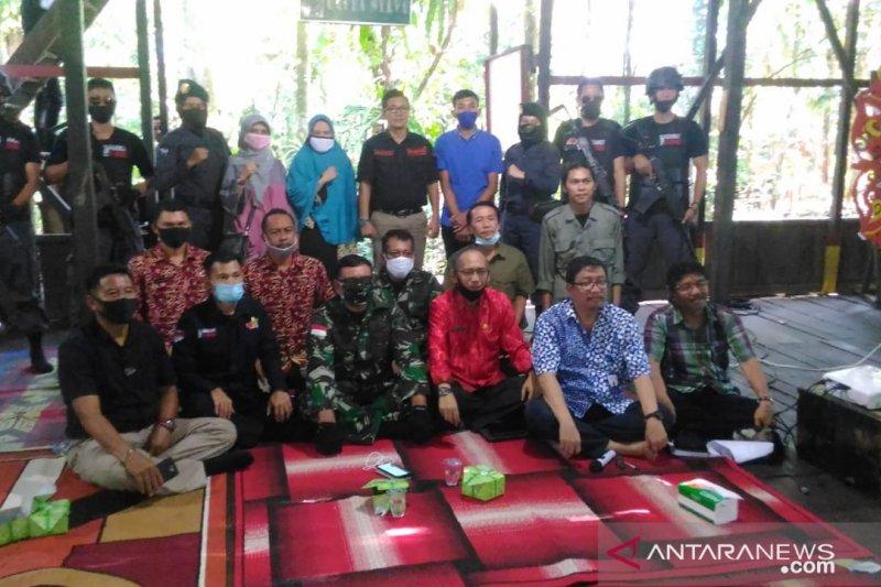 Tim gabungan ringkus 10 pelaku pembalakan liar di KHDTK