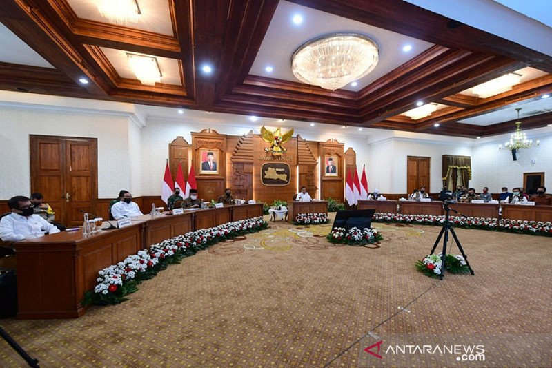 Pengendalian COVID-19 di Jatim, Presiden Jokowi beri waktu dua pekan